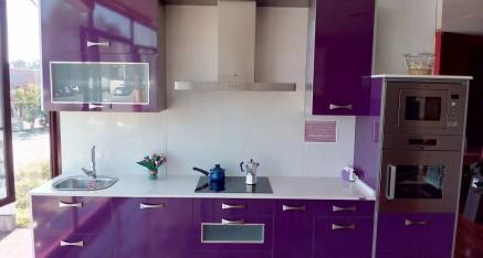 Oferta cocina exposición formica Berenjena