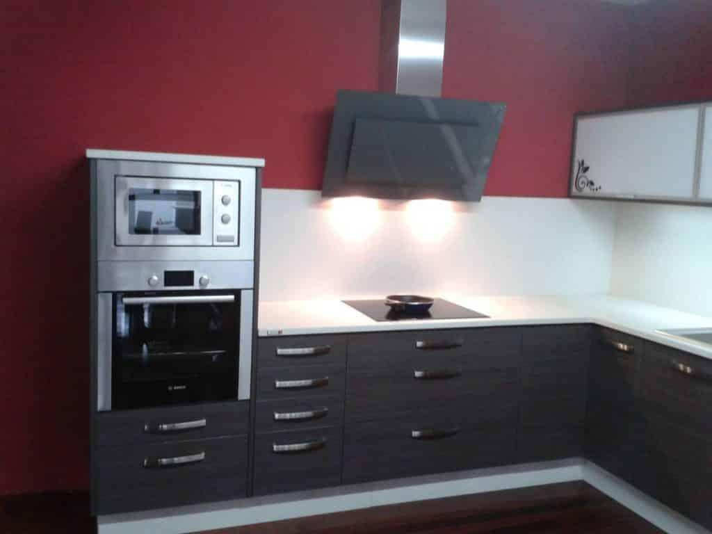 Semicolumna horno microondas un blog sobre bienes inmuebles for Muebles de cocina para microondas
